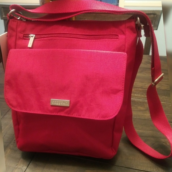 700ddd7d8 Baggallini Bags | Town Bagg Crossbody Shoulder Bag Red | Poshmark